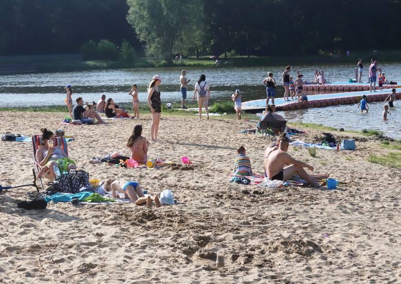 Zalew Siczki to miejsce często wybierane nie tylko przez mieszkańców Jedlni-Letniska ale także przez  Radomian na weekendowy wypoczynek. Upalne sobotnie