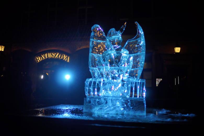 STIHL POZnan Ice Festival co roku zachwyca poznaniaków