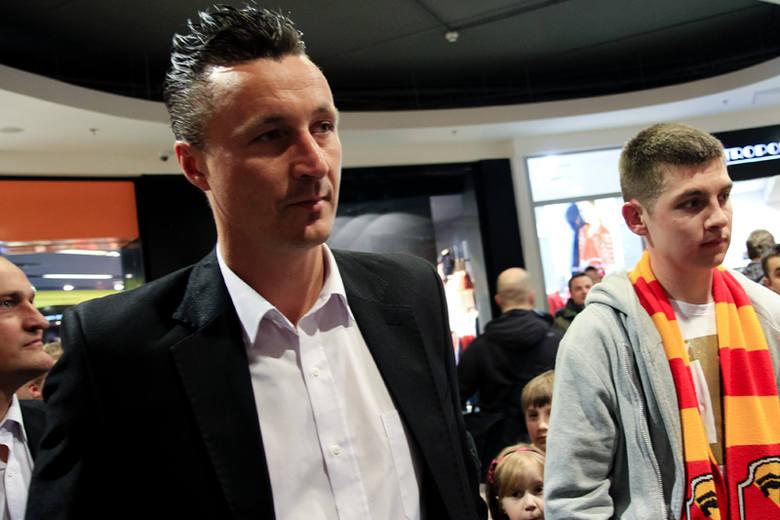 - Jeśli zawodnicy będą tak dobrze grali, jak trenowali w okresie przygotowawczym, to o wyniki jestem spokojny - powiedział Tomasz Hajto, trener Jagiellonii