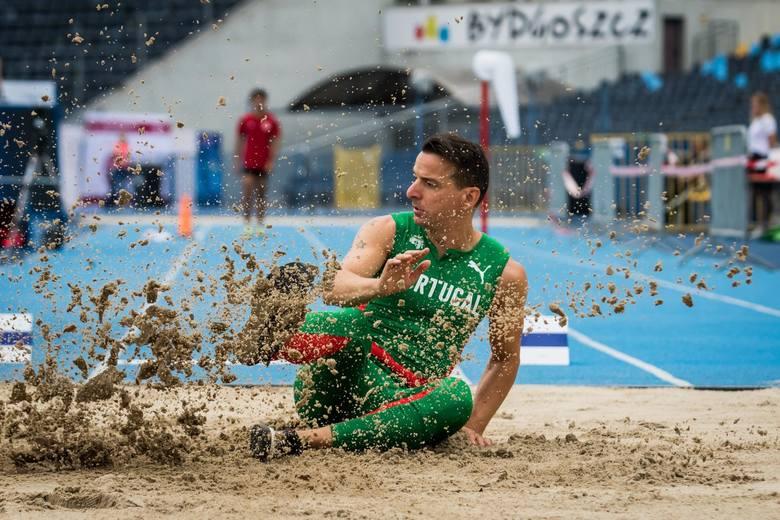 W Bydgoszczy rozpoczęła się impreza pn. World Para Athletics Grand Prix. W zawodach bierze udział 500 sportowców niepełnosprawnych z całego świata. W