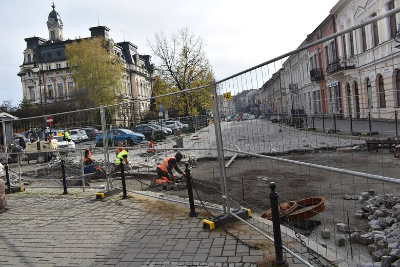 Nowy Sącz. Zmiana organizacji ruchu wokół Rynku – otwarcie pierzei południowej