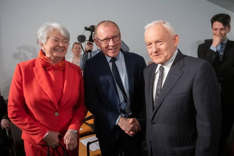 """Konwencja Koalicji Europejskiej w Poznaniu: """"Zwalczymy smog, będziemy walczyć z rakiem"""""""