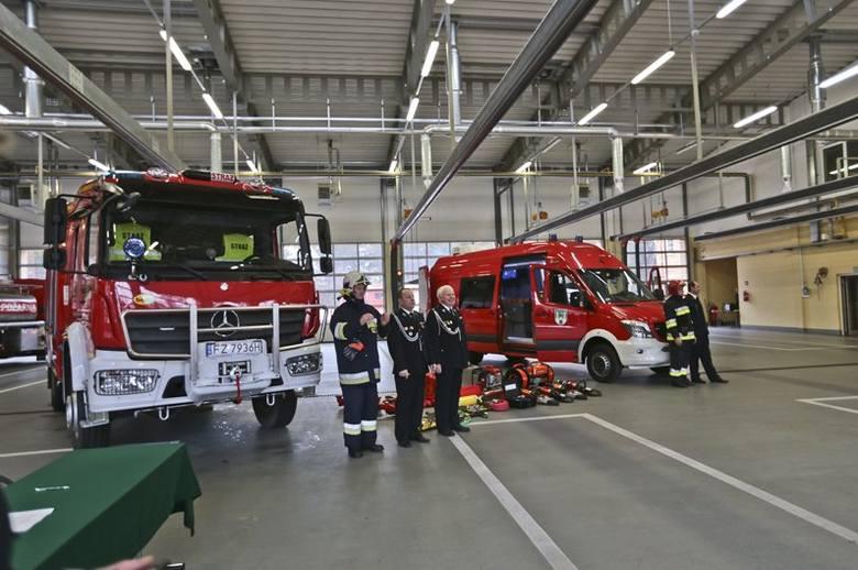 nowe wozy dla zielonogórskich strażaków