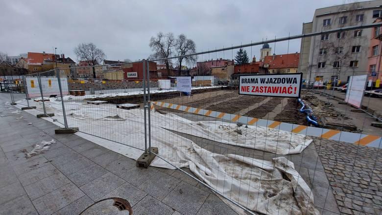 Przy pl. Teatralnym w Zielonej Górze powstaje Scena Lalkowa