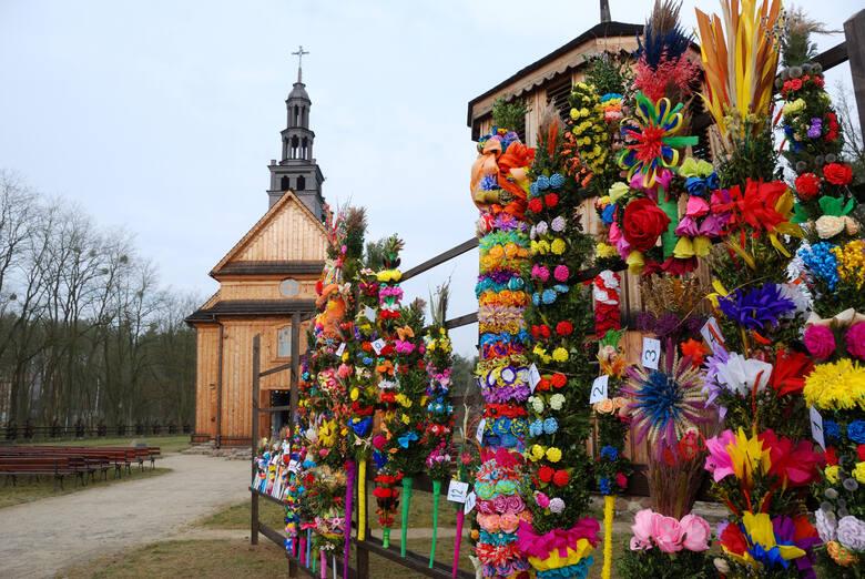 Impreza Niedziela Palmowa w skansenie