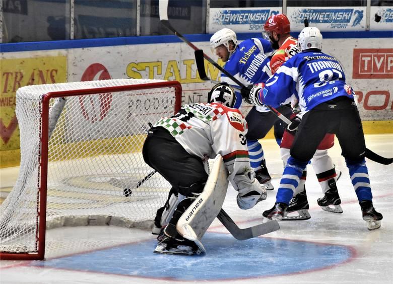 Hokej. Unia Oświęcim w pierwszym sparingu pokonała Zagłębie Sosnowiec