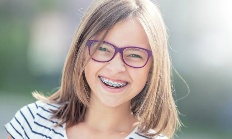 Aparat ortodontyczny - fakty i mity na temat leczenia wad zgryzu