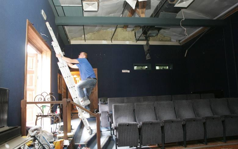 Nasze Kino przy ulicy Podmurnej zamknięto w 2010 roku. Miał tam powstać pub dla miłośników sportu, pojawił się również pomysł, aby obiekt nadbudować.