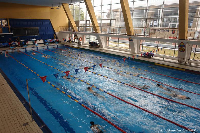 Kryta Pływalnia Zespół Obiektów SDSul. Wąska 16, Szczecin, tel. 913123245Uwaga! W lipcu 25 m basen będzie zamknięty. W tym czasie zaplanowana została