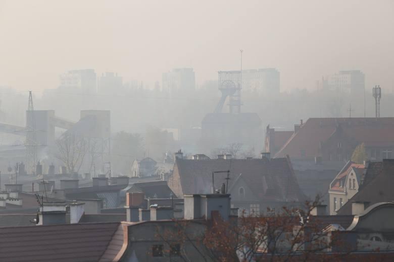 Smog truje nas na różne sposoby - twierdzą eksperci