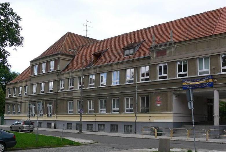 IX Liceum im Krzysztofa Kolbergera znalazło się na 9. miejscu w TOP 10 najlepszych liceów w Gdańsku. Placówka ta uzyskała 52.406 pkt na 100 możliwyc