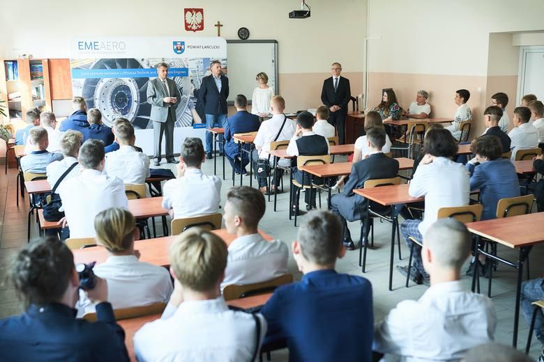 Firma EME Aero kształci mechaników lotniczych w Zespole Szkół nr 2 w Łańcucie