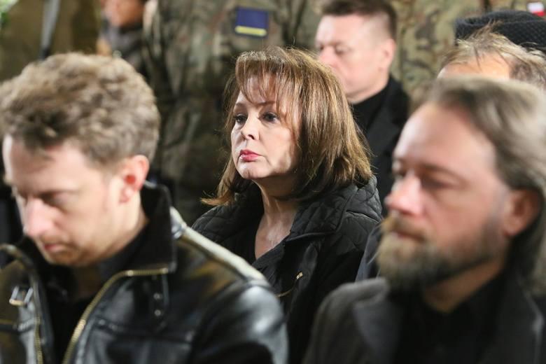 W pogrzebie Romualda Lipki wzięli udział nie tylko bliscy. Nie zabrakło artystów, byli m.in. Beata Kozidrak, Izabela Trojanowska, Urszula. Był też Krzysztof