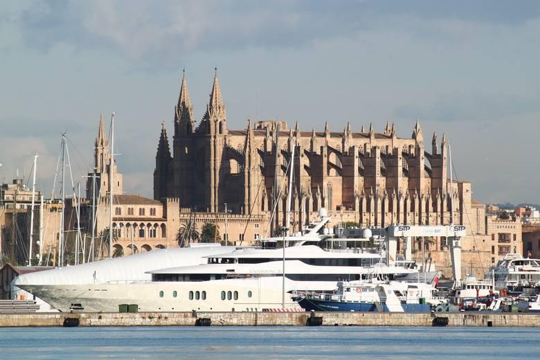 stan na październik 2018: 9,3 mln turystówStolica i największe miasto Balearów jest zarzem jednym z największych ośrodków turystycznych świata. Posiada