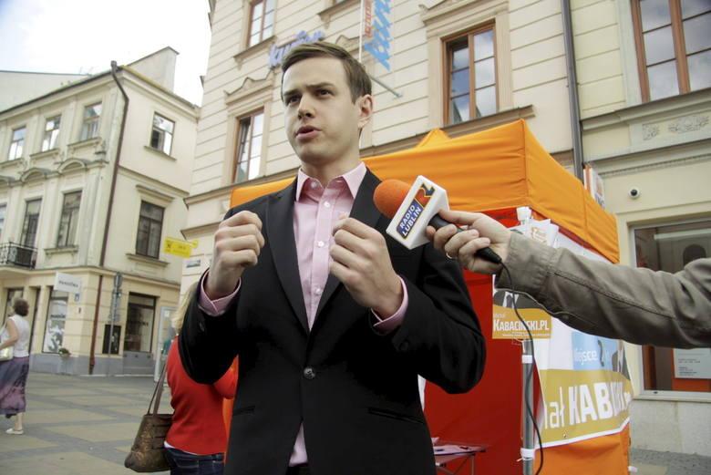 Michał Kabaciński, niezrzeszony- Nie zastanawiam się, czy chciałbym brać udział w takim szkoleniu, bo nie traktuję wypowiedzi marszałka Sikorskiego poważnie.