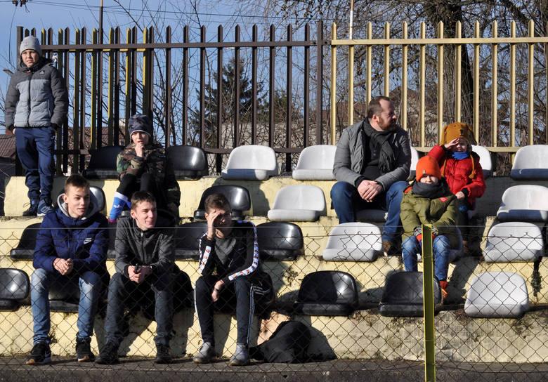 Wieczysta Kraków. Kibice na piłkarskim turnieju na rzecz Wielkiej Orkiestry Świątecznej Pomocy [ZDJĘCIA]
