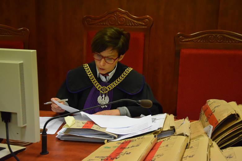 Tak potężnej sprawy nigdy w Sądzie Rejonowym w Gorzowie nie było! 19 lat(!) od napisania aktu oskarżenia zakończyła się sprawa wyłudzeń ponad 2 mln zł!Tak