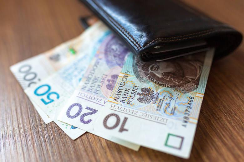 Najwięksi dłużnicy w Polsce zalegają z kwotami, które trudno sobie wyobrazić! Biuro Informacji Kredytowej (BIK) i BIG InfoMonitor stworzyły niechlubny