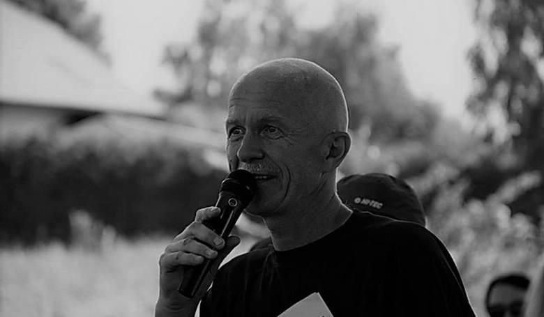 """Adam ProtasiewiczWielki propagator sportu i zdrowego trybu życia. Dzięki jego zaangażowaniu powstały takie wydarzenia jak """"Narwiański Triathlon Bagienny"""","""