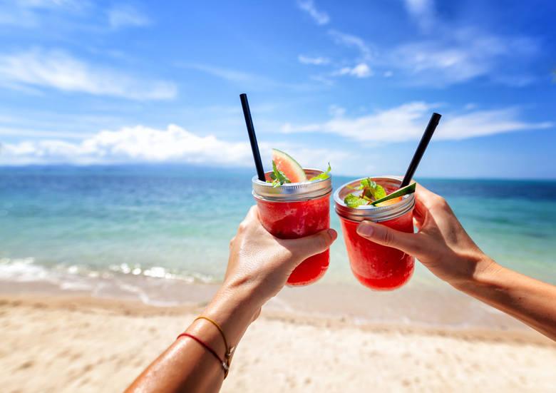 Kąpiel po spożyciu alkoholuAlkohol ma jedną właściwość - opóźnia nasze reakcje. Nawet pozornie niewielka ilość może zaburzyć naszą percepcję i przyczynić