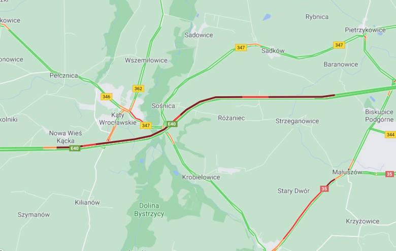 Potężne korki na autostradzie A4. Trzy wypadki pod Kątami Wrocławskimi