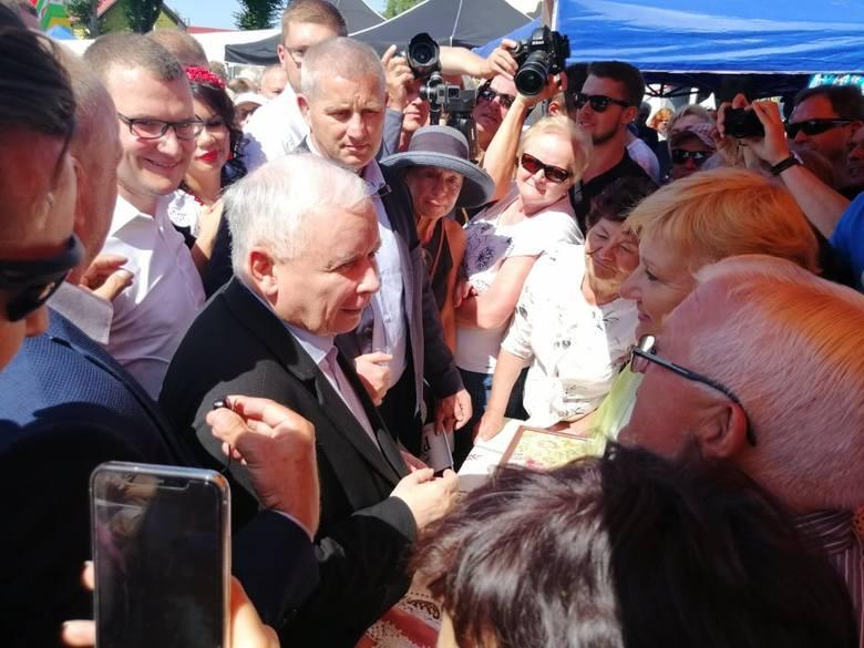 Prezes PiS Jarosław Kaczyński w Dygowie: Jeśli mamy tak trzymać, musimy mieć wasze poparcie! [ZDJĘCIA, WIDEO]
