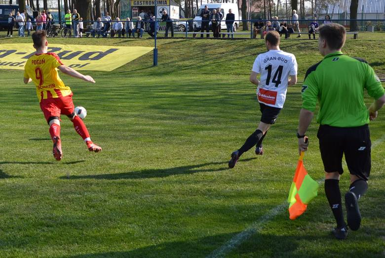 Falubaz Gran-Bud Zielona Góra pokonał Pogoń Świebodzin 3:0 (2:0)