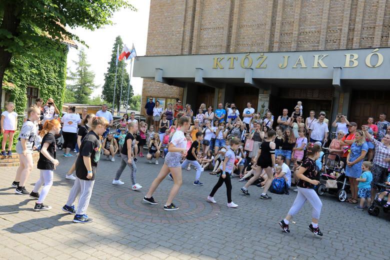24. edycja Michaylandu w Parku Miejskim na Bydgoskim Przedmieściu przyciągnęła tłumy. Do dyspozycji dzieci było 50 stanowisk z ogromem atrakcji. Organizatorem