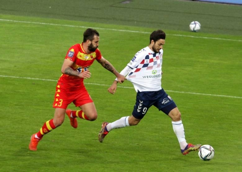 Jesus Jimenez w piątek w meczu 29. kolejki PKO Ekstraklasy poprowadził swój zespół do zwycięstwa z Jagiellonią (3:1). Strzelił dwa gole i zaliczył a