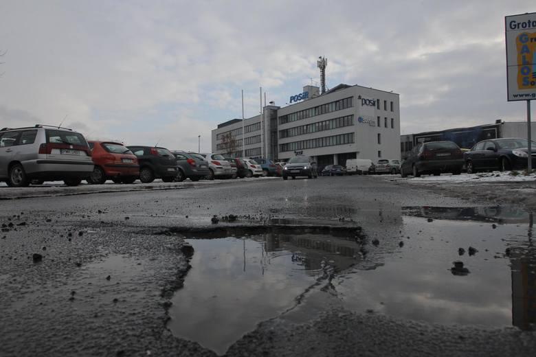 W tym roku drastycznie zmniejszył się budżet na remonty dróg i chodników na poznańskich osiedlach.