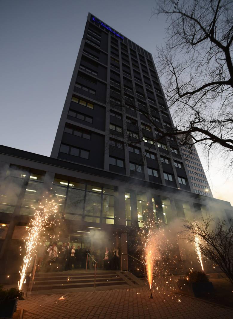Grudzień 2015 r. Uroczyste otwarcie biurowca Textilimpexu po modernizacji.