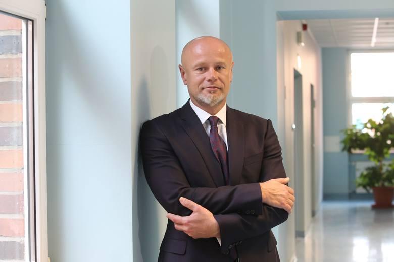 Prof. Adam Maciejewski to najlepszy chirurg rekonstrukcyjny na świecie. Gratulacje!