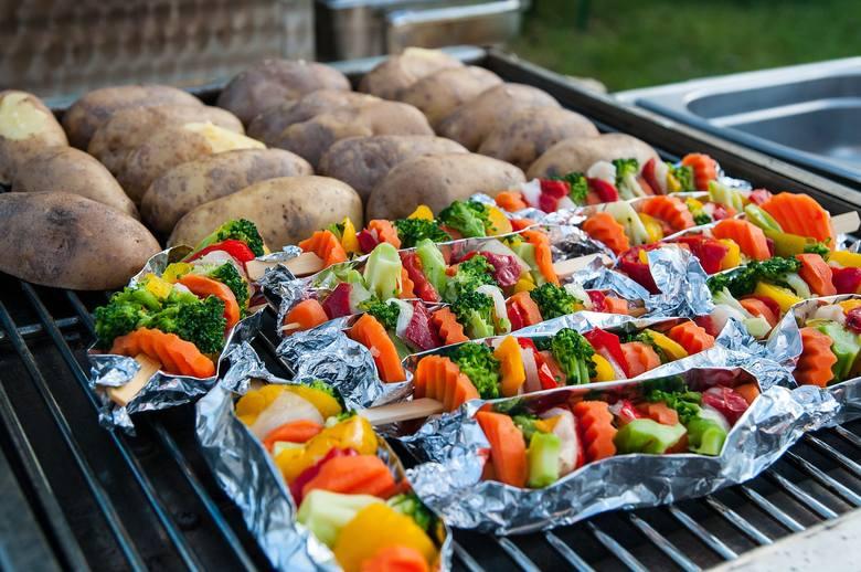 grill, grillowanie, potrawy z grilla, szaszłyki