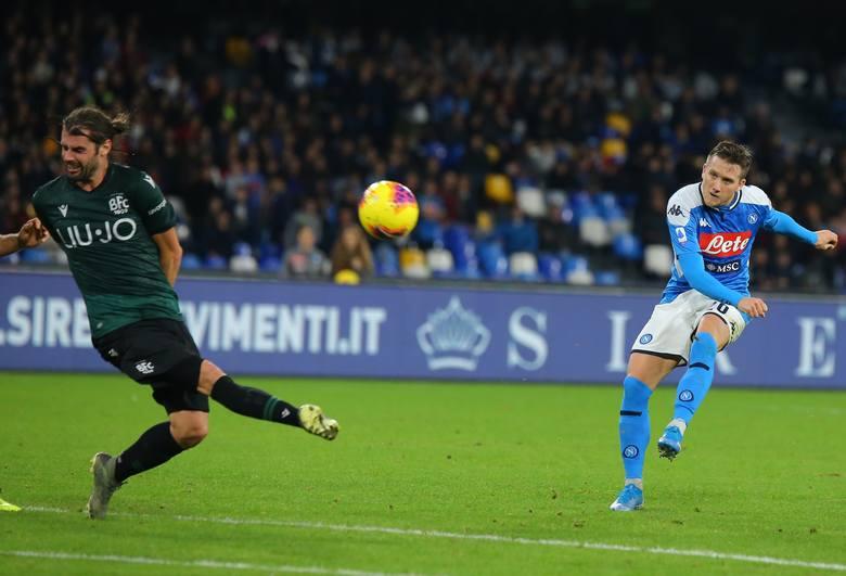 Piotr Zieliński uratował w sobotę Napoli remis z Udinese, ale może nie uratować trenera