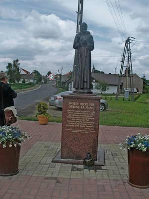 Modernizacja obejmie między innymi okolice figury św. Ojca Pio Fot. Jolanta Białek