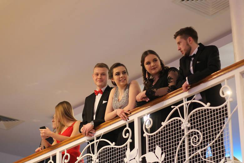 Tak w Hotelu Villa Riviera bawili się maturzyści z VI Liceum Ogólnokształcącego w Rzeszowie.