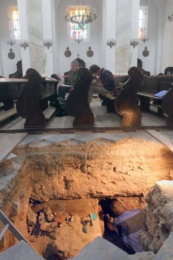 – Jest to jeden z największych interdyscyplinarnych projektów archeologicznych realizowanych w Polsce. Ma potrwać pięć lat. Przyszły rok również spędzimy,