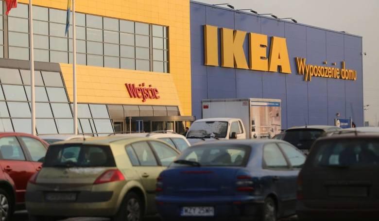 Na naszym profilu facebookowym zapytaliśmy Internautów, jakie sklepy chętnie widzieliby w Koszalinie. Podały różne propozycje. Mieszkańcy chcieliby widzieć