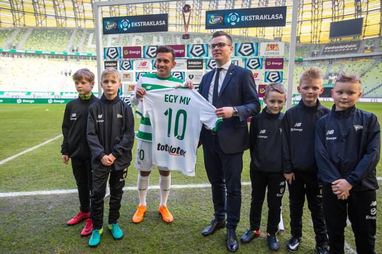 TOP 10 najbardziej egzotycznych piłkarzy w Ekstraklasie [GALERIA]