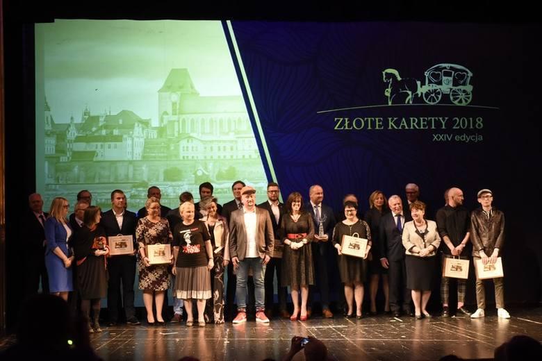 Podczas gali w Teatrze Horzycy prezesi firm YouArtMe i One Sport (Złote Karety w kategorii biznes) Marek Kaliński i Karol Lejman dziękowali za dostrzeżenie