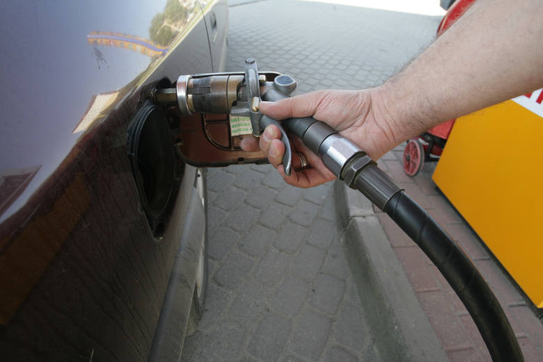 Aktualne ceny paliw w regionie (notowanie z 03.04). Podane ceny to kolejno: benzyna Pb95, diesel i gaz LPG.JASŁOOrlen, ul. 3 Maja4,32 zł4,42 zł1,85