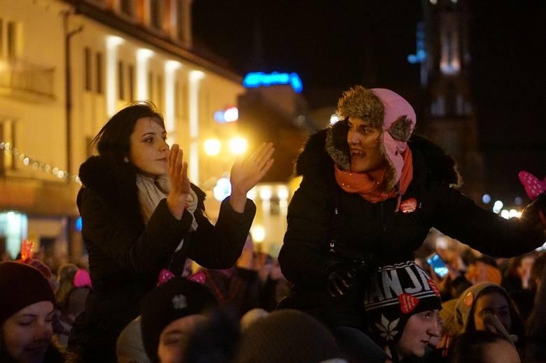 Zenek Martyniuk i Akcent rozbujali cały Rynek Kościuszki (zdjęcia, wideo)