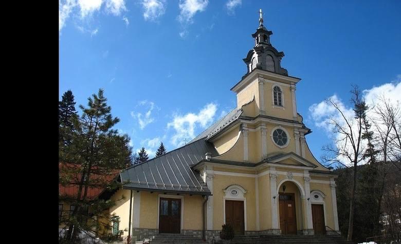 """8. Kościółek Jezuitów """"na Górce"""" w Zakopanem. Świątynia liczy sobie około  350 metrów kwadratowych. To oznacza, że legalnie będzie"""
