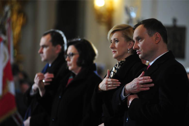 Święto Niepodległości 2015. Msza za Ojczyznę w kościele św. Krzyża w Warszawie