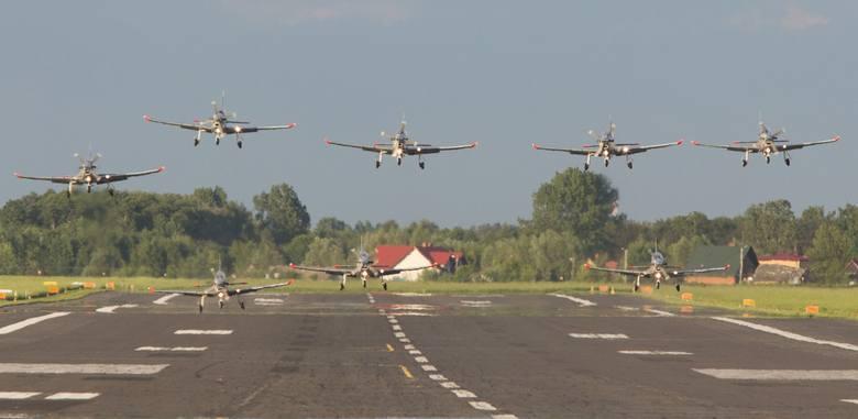 Firma Budmiex zaskarżyła do Krajowej Izby Odwoławczej rozstrzygnięcie przetargu na przebudowę pasa startowego na radomskim Sadkowie. Z podpisaniem umowy