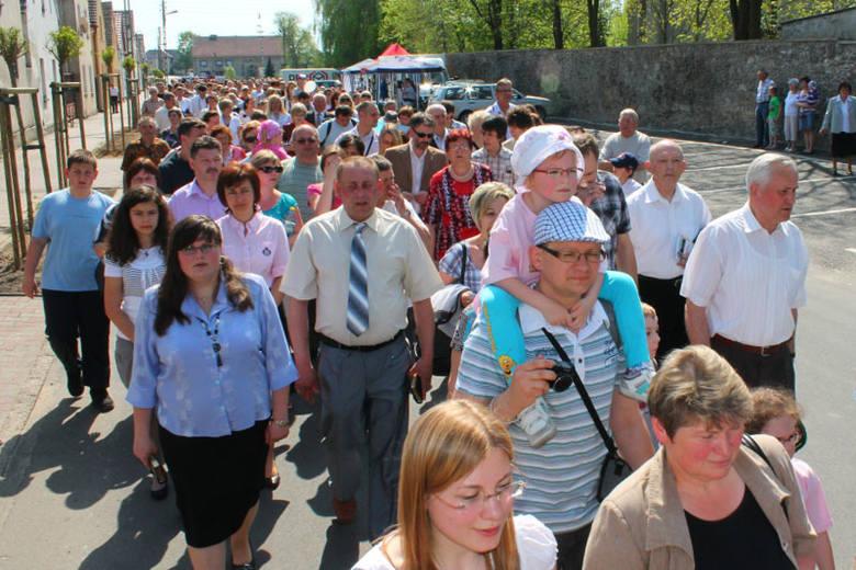 Kilka tysięcy osób na święcie rodziny w Jemielnicy