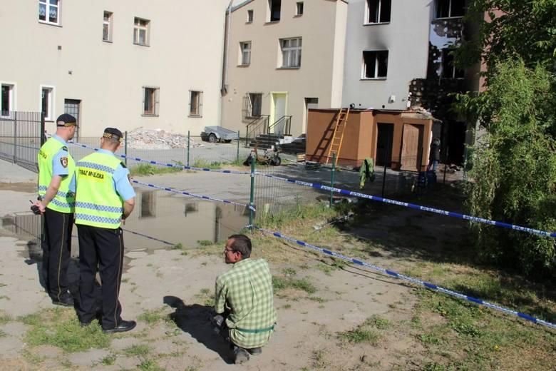 W pożarze w Tczewie zginęło dziecko oraz starszy mężczyzna. Prokuratura mówi o podpaleniu