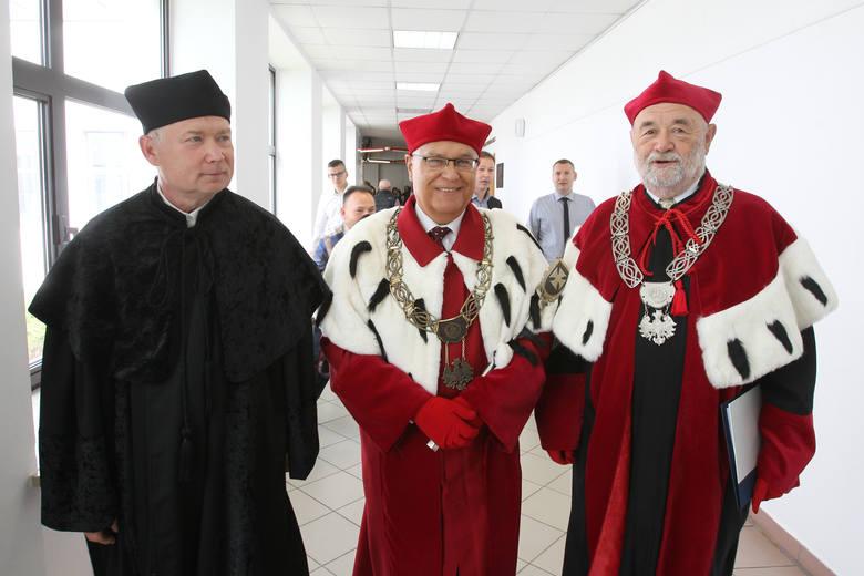 Rektor Uniwersytetu Rzeszowskiego: Rozpoczynamy 18. rok akademicki. Wchodzimy w symboliczną dorosłość