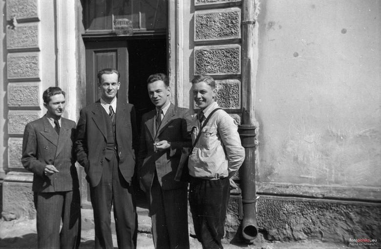 15. 1943 , Skierniewice