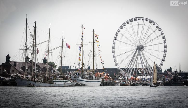 Zobaczcie jak Dni Morza_Sail Szczecin 2019 prezentują się od strony wody oraz z wysokości kilkudziesięciu metrów. Pozostałe zdjęcia na kolejnych slajdach!
